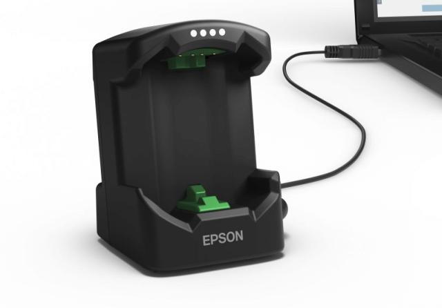 Die Ladestation der Epson Runsense SF-810