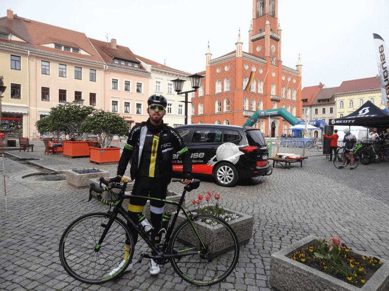 Sören kurz vor dem Start des ersten Rennradrennens beim LausitzCup 2016