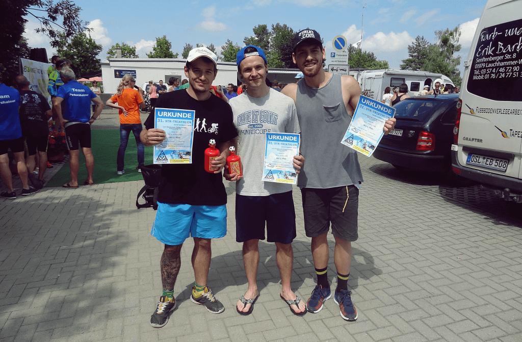 Sören, Alex und Philipp als Staffelteam beim Senftenberg Triathlon 2016